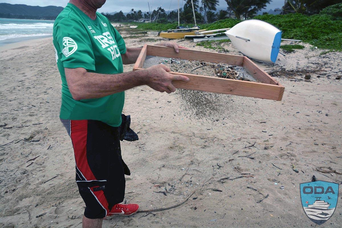 Kailua Beach volunteer sifting