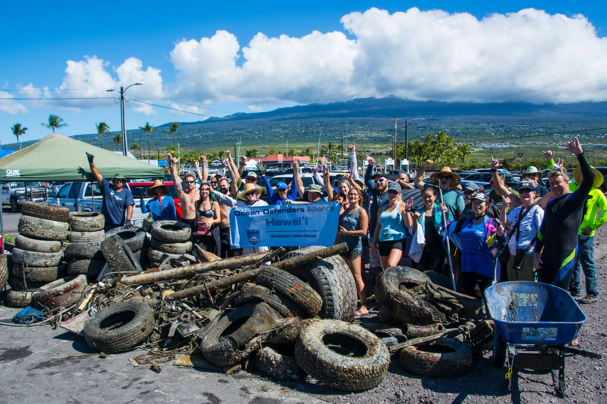 Harbor cleanup Big Island